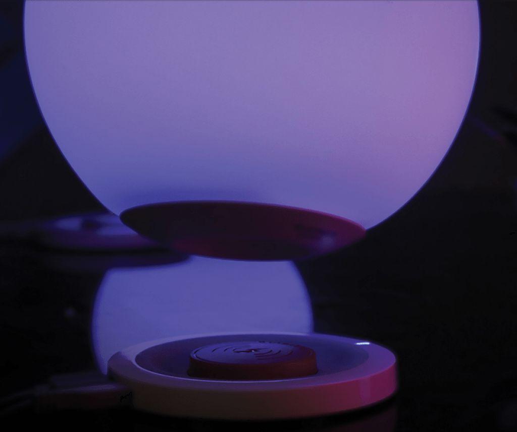 MiPow Playbulb Sphere – detail dokovací stanice