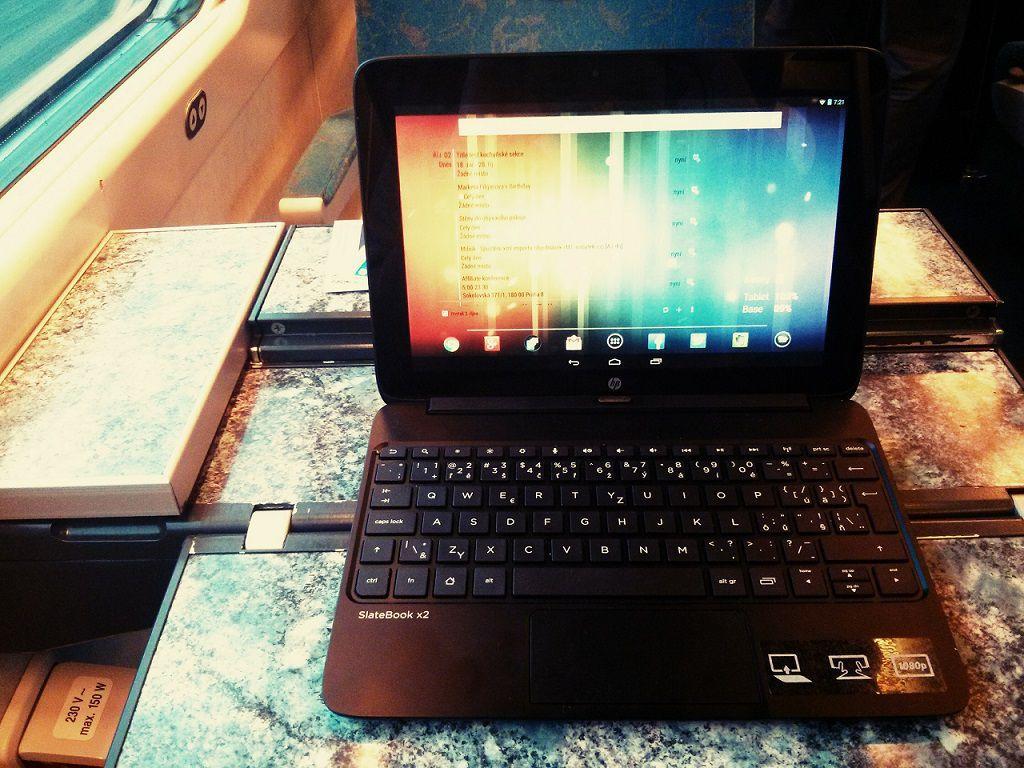 SlateBook-x2-od-HP