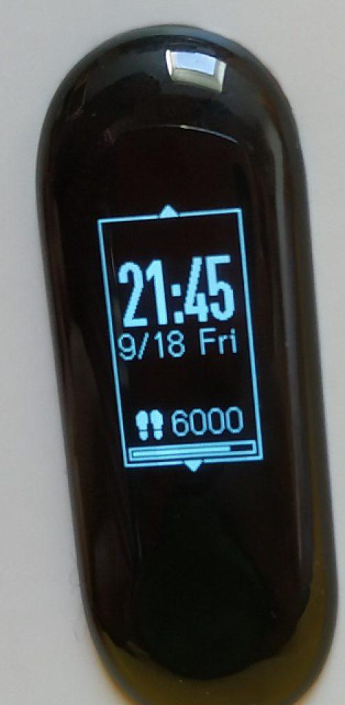 Xiaomi Mi Band 3 už umí zobrazit, co vám kdo napsal