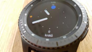 Měsíc s chytrými hodinkami od Samsungu. Jaké jsou Gear S3 Frontier?