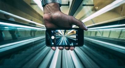 Pět důvodů naší závislosti na chytrých telefonech